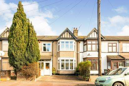 4 Bedrooms Terraced House for sale in Barking, Essex, England