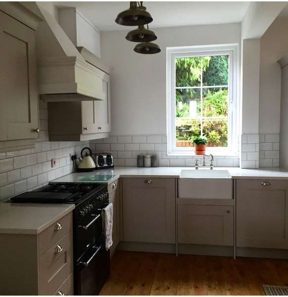 3 Bedrooms Terraced House for sale in High Street, Batley, West Yorkshire, WF17