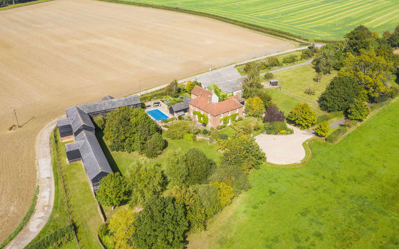 7 Bedrooms House for sale in Bakers Farm Lane, Blackmore End