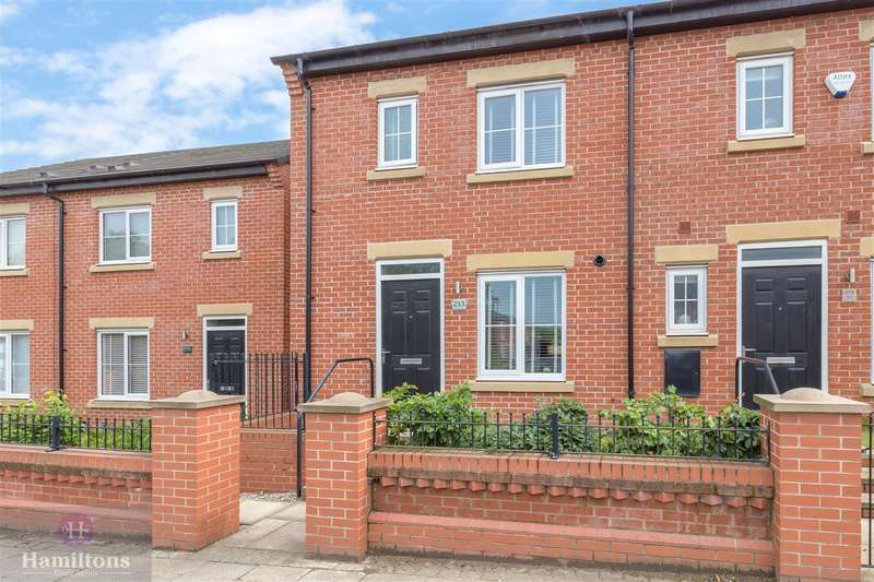 3 Bedrooms End Of Terrace House for sale in Plank Lane, Leigh, Lancashire. WN7 4BB