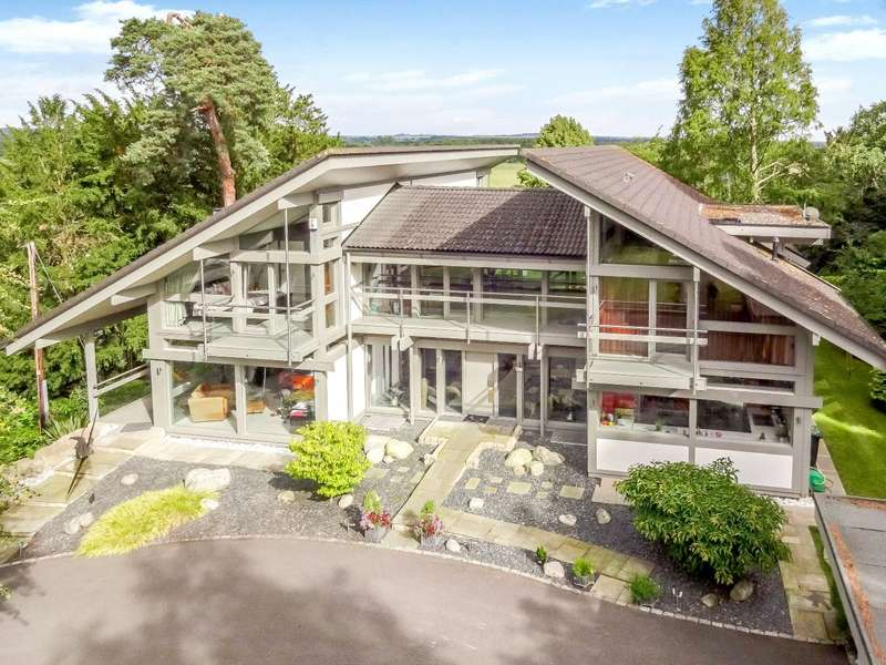 6 Bedrooms House for sale in