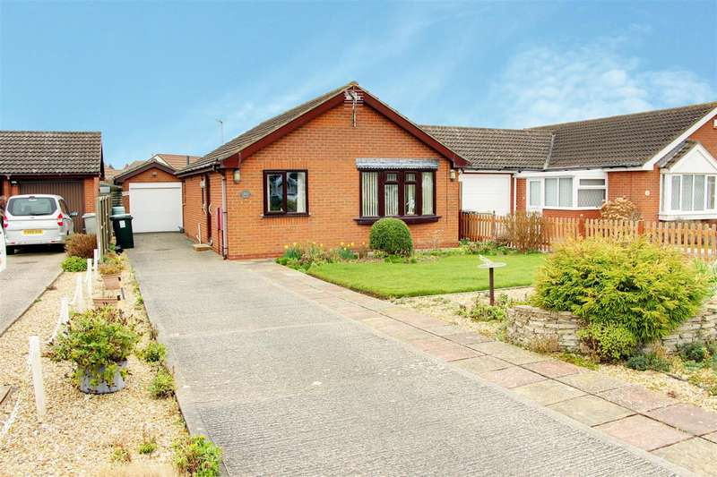 2 Bedrooms Detached Bungalow for sale in Brooke Drive, Mablethorpe
