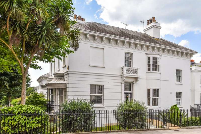 5 Bedrooms End Of Terrace House for sale in Montpelier Villas, Brighton, East Sussex, BN1