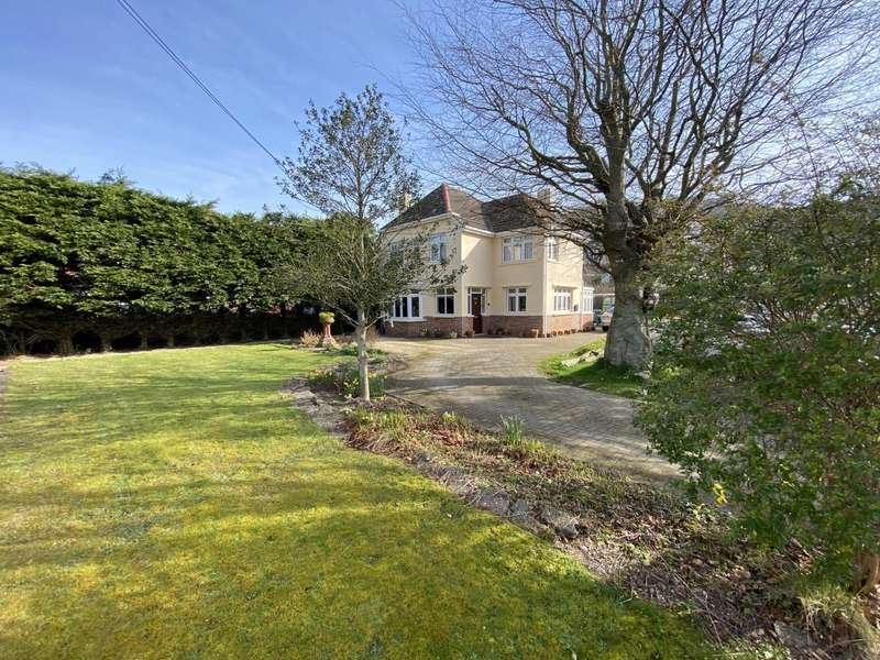 3 Bedrooms Semi Detached House for sale in Braunton