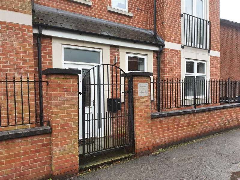 2 Bedrooms Apartment Flat for sale in Beech Road, Chorlton