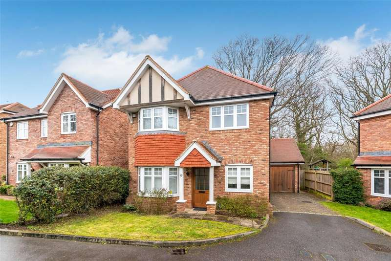 4 Bedrooms Detached House for sale in Roesel Place, Petts Wood, Orpington, BR5