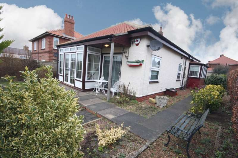 3 Bedrooms Detached Bungalow for sale in Whitby Road, Staithes, Saltburn-By-The-Sea, TS13