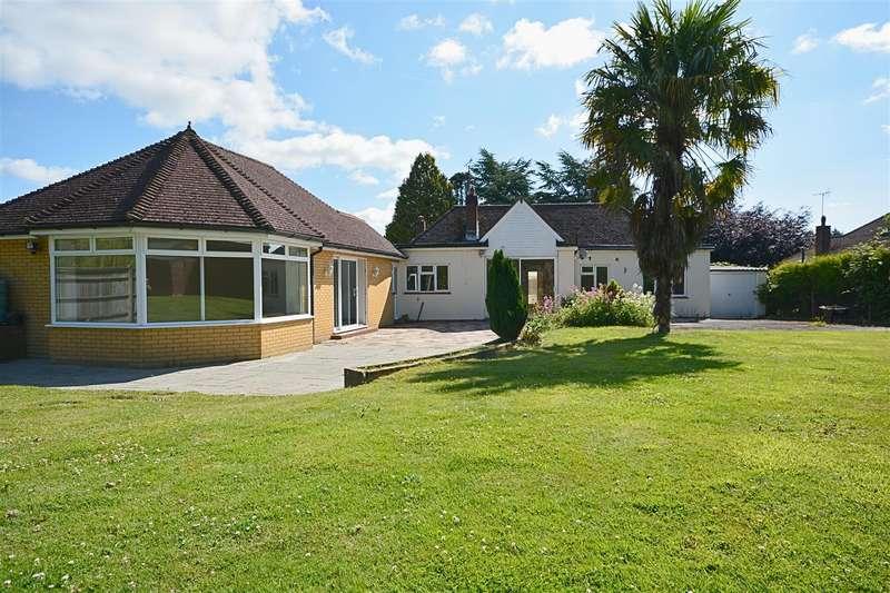 5 Bedrooms Bungalow for sale in Kent Street, Sedlescombe,