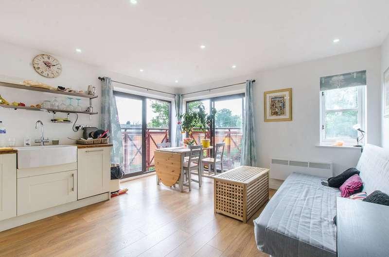 2 Bedrooms Flat for sale in Pincott Place, SE4, Brockley, SE4