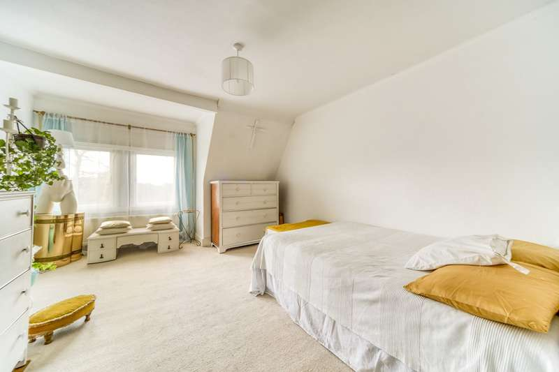 1 Bedroom Flat for sale in Riggindale Road, London, SW16