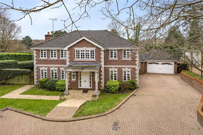 5 Bedrooms Detached House for sale in Haywood Drive, Haywood Park, Chorleywood, Rickmansworth, WD3