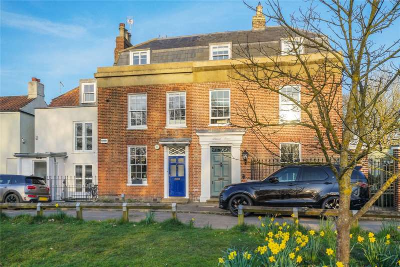 4 Bedrooms Terraced House for sale in Weston Green, Thames Ditton, KT7
