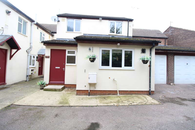 1 Bedroom Detached House for rent in Old Bedford Road - 1 Bedroom House