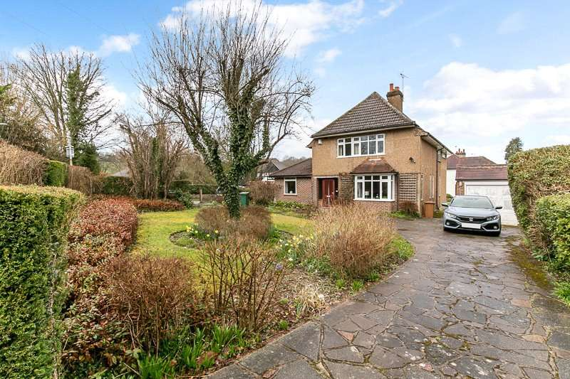 4 Bedrooms Detached House for sale in Church Lane, COULSDON, Surrey, CR5