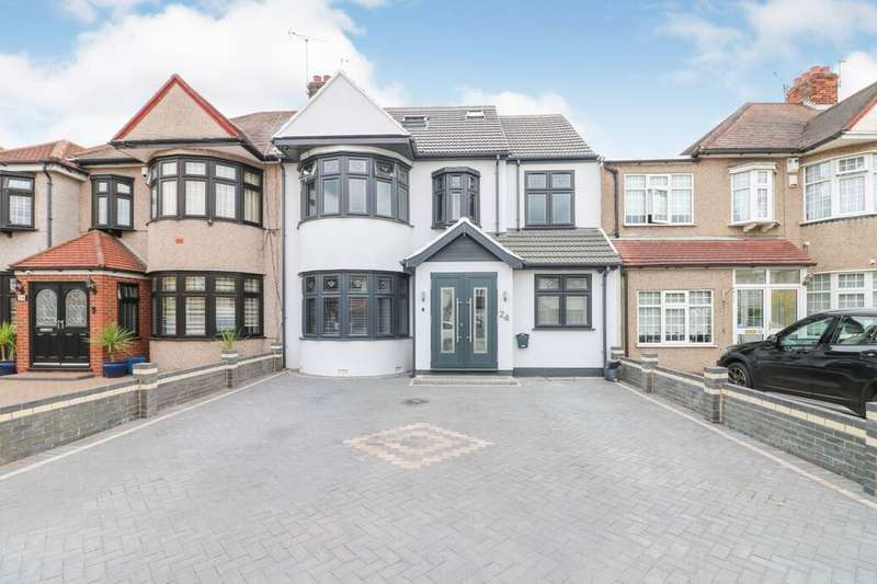 7 Bedrooms Property for sale in Wensleydale Avenue, Ilford, IG5