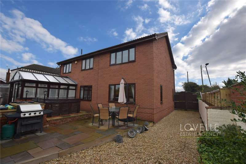 4 Bedrooms House for sale in High Street, Blyton, DN21