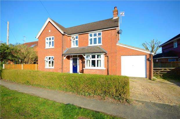 3 Bedrooms Detached House for sale in Florence Road, College Town, Sandhurst