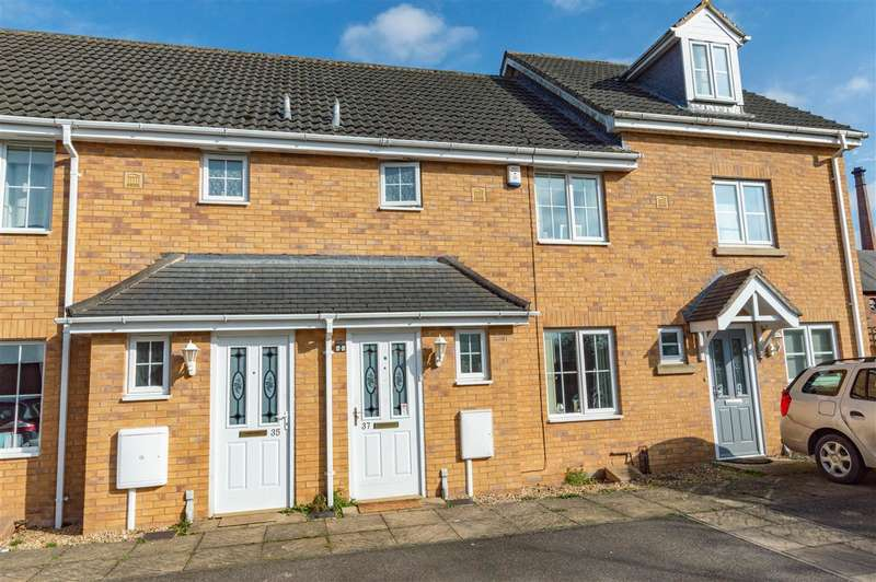 3 Bedrooms Terraced House for sale in Rye Close, Sleaford
