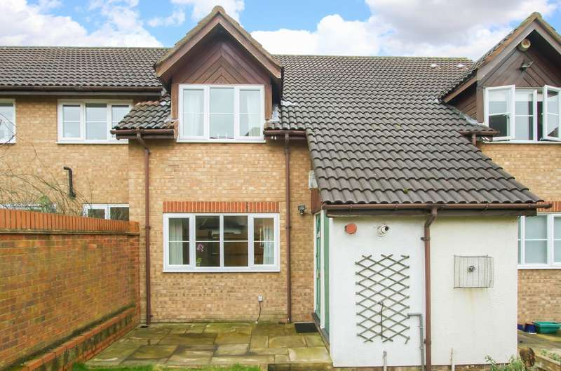 1 Bedroom Terraced House for sale in Orchard Grove, London