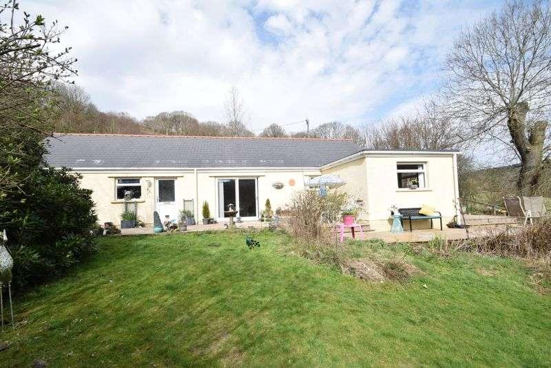 3 Bedrooms Property for sale in Shop Road, Cwmavon, Pontypool