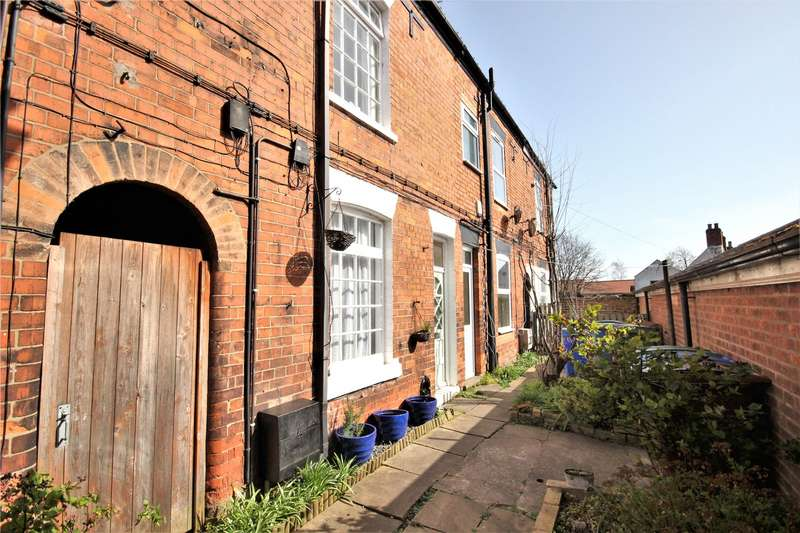 3 Bedrooms House for sale in Northgate Place, Hessle, HU13