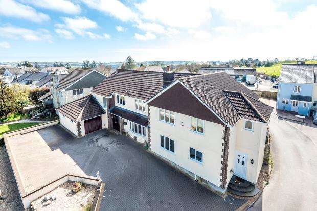 8 Bedrooms Detached House for sale in Widegates, Looe, Cornwall