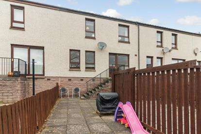 2 Bedrooms Terraced House for sale in Fyffe Street, Dundee