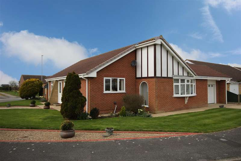 2 Bedrooms Detached Bungalow for sale in Sharmans Close, Sutton-On-Sea, Mablethorpe