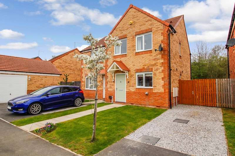 3 Bedrooms Semi Detached House for sale in Sanderson Way, Mexborough, South Yorkshire, S64