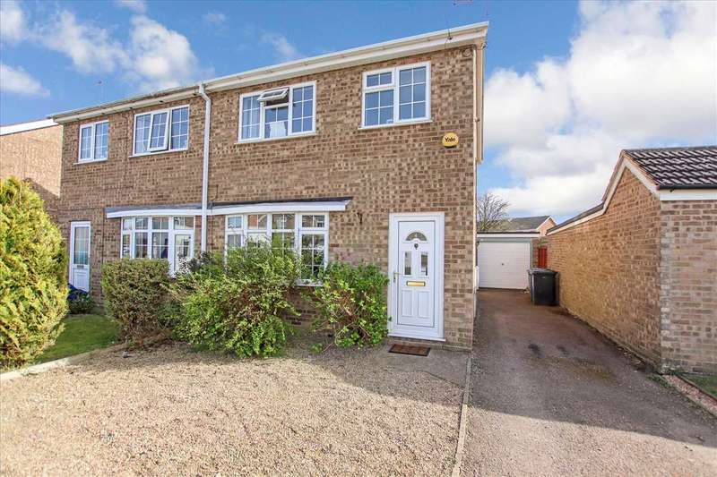 3 Bedrooms Semi Detached House for sale in Eagle Drive, Welton, Welton