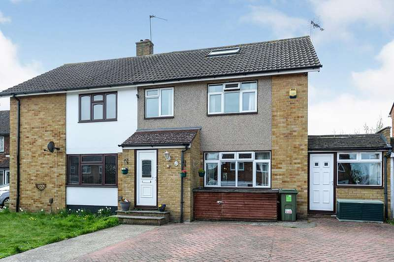 4 Bedrooms Semi Detached House for sale in Irving Way, Swanley, Kent, BR8