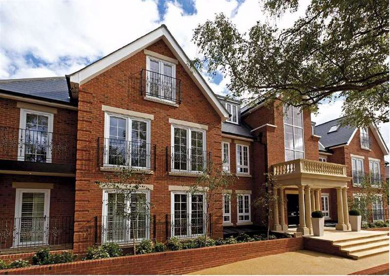 2 Bedrooms Apartment Flat for sale in Bayview House, Enfield, Middlesex