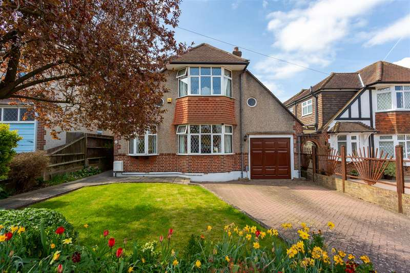 5 Bedrooms Detached House for sale in Greenhayes Avenue, Banstead