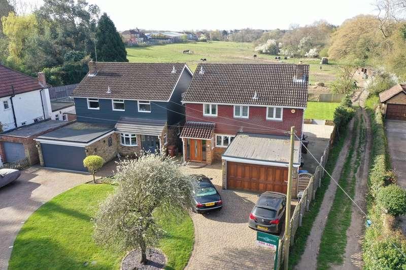 4 Bedrooms Detached House for sale in Lemsford Village, Lemsford, Welwyn Garden City, AL8