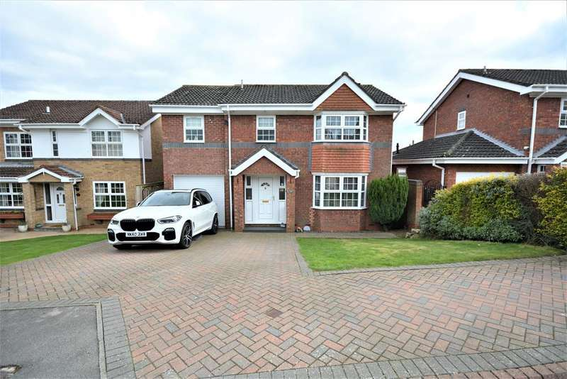 4 Bedrooms Detached House for sale in Fielding Court, Crook, DL15 9UU
