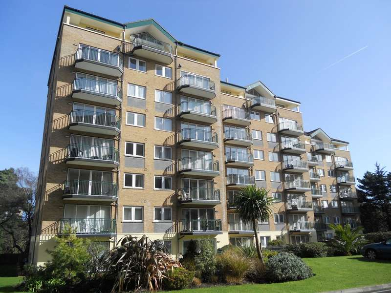 3 Bedrooms Flat for sale in Sea View Penthouse, Manor Road, East Cliff, Bournemouth, BH1