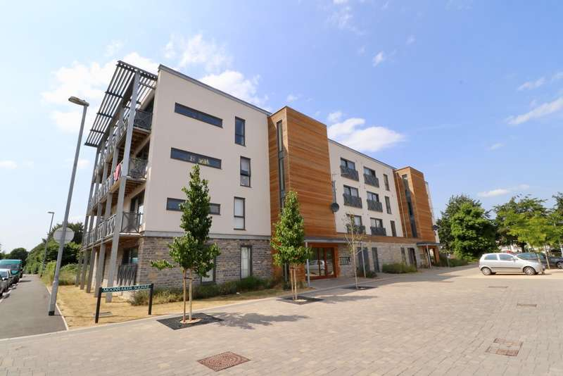 2 Bedrooms Flat for sale in Moonraker Square, Street