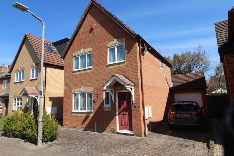 3 Bedrooms Detached House for sale in Pennycress Way, Newport Pagnell.