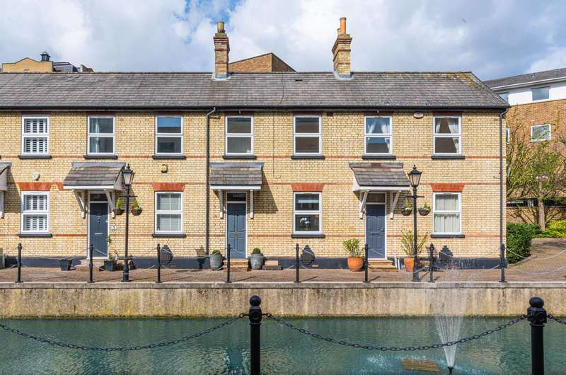 2 Bedrooms Terraced House for sale in Albert Mews, Limehouse, E14