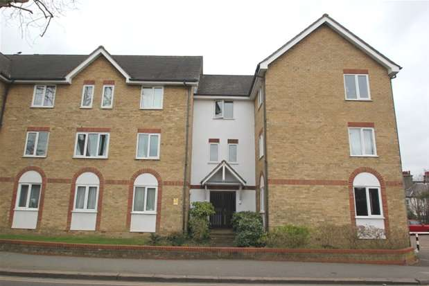 1 Bedroom Property for sale in 140 Cambridge Road, Southend on Sea