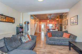 3 Bedrooms Terraced House for sale in Castle Street, Queenborough, Isle Of Sheppey, Kent