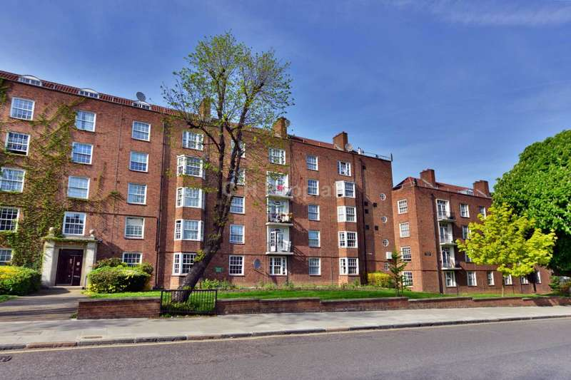 2 Bedrooms Apartment Flat for sale in Adelaide Road, Belsize Park, NW3
