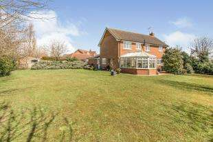 4 Bedrooms Detached House for sale in Coultrip Close, Eastchurch, Sheerness, Kent