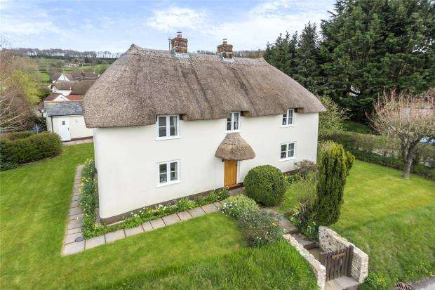 3 Bedrooms Detached House for sale in Rawridge, Honiton, Devon