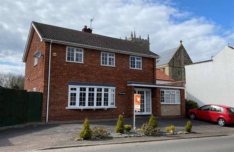 4 Bedrooms Detached House for sale in Normanby Road, Stow, Lincoln