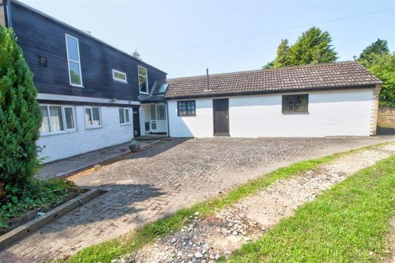 Detached House for sale in Hall Lodge Holton-Cum-Beckering, Market Rasen, Lincolnshire