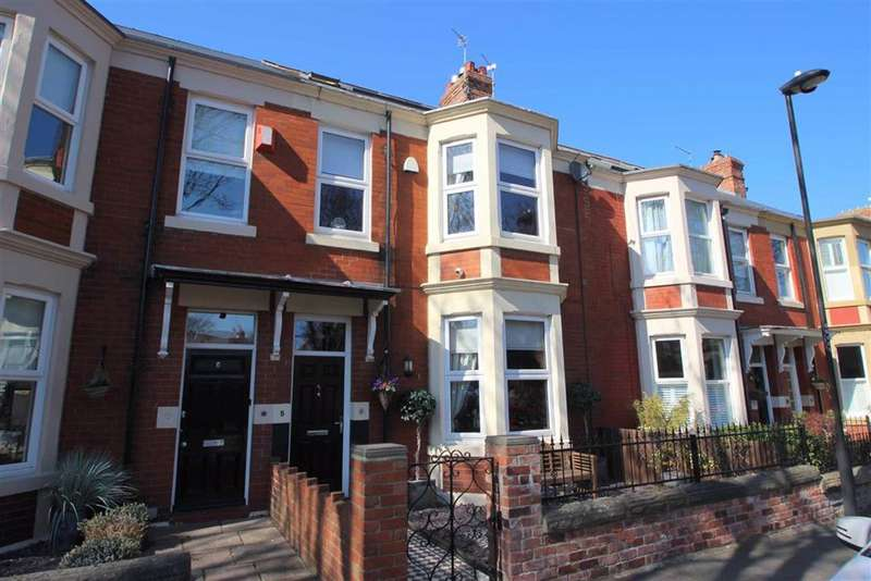 4 Bedrooms Terraced House for sale in Balmoral Gardens, Whitley Bay, NE26
