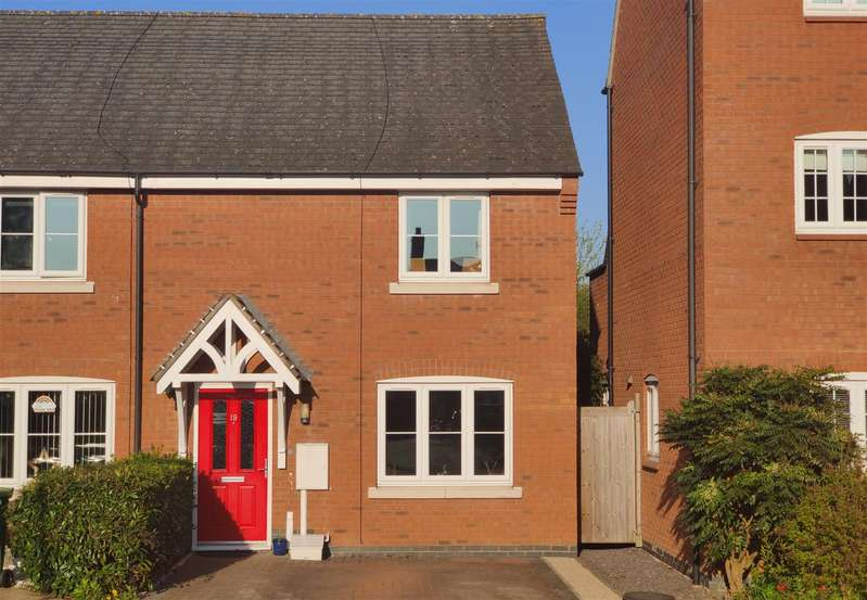 2 Bedrooms Town House for sale in Hubbard Road, Burton-On-The-Wolds, Loughborough