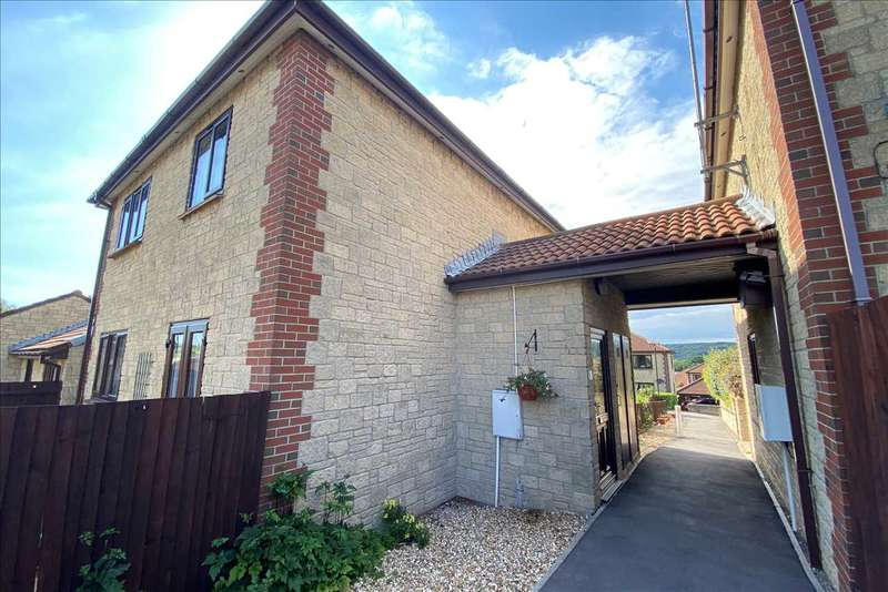 2 Bedrooms Apartment Flat for sale in KINGSHILL GARDENS, NAILSEA