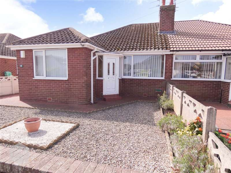 2 Bedrooms Semi Detached Bungalow for sale in Wharfedale Avenue, Thornton-Cleveleys, FY5
